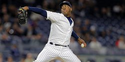 Cubs acquire Chapman from New York in 4 for 1 deal