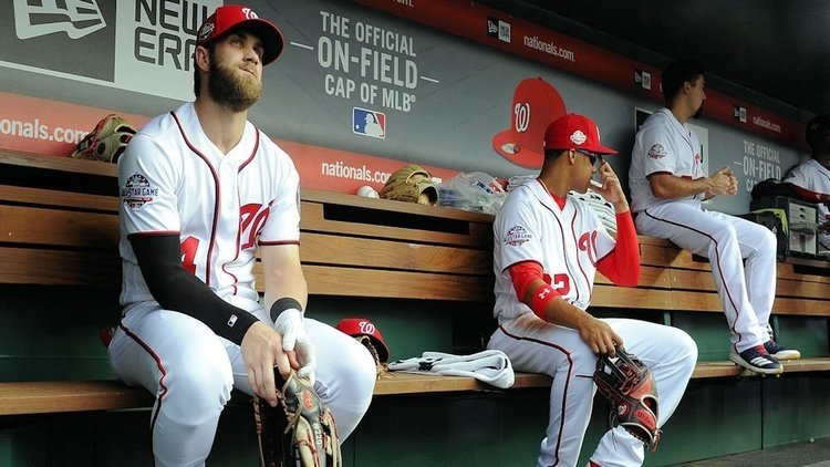 Harper still doesn't have a team (Brad Mills - USA Today Sports)