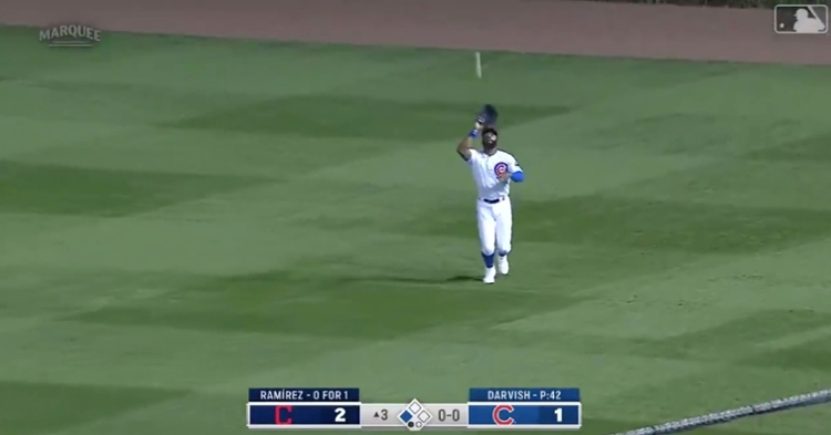 Jason Heyward caught a fly ball and fired a perfect throw to home plate, leading to an inning-ending tagout.
