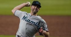 Should Cubs bring back Brandon Kintzler?