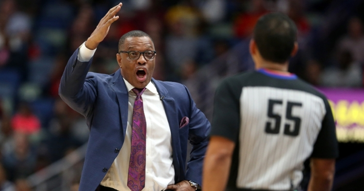 Alvin Gentry is a veteran coach (Chuck Cook - USA Today Sports)