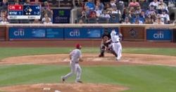 WATCH: Javier Baez hammers 412-foot two-run blast in Mets debut