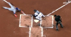 WATCH: Javier Baez uses smooth swim move to fake out catcher, score for Mets
