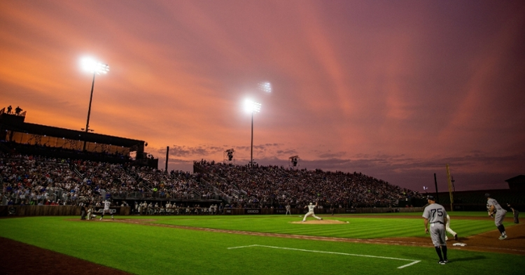 The second Field of Dreams game will consist of a Cubs-Reds matchup. (Credit: Zach Boyden-Holmes/The Register via Imagn Content Services, LLC)