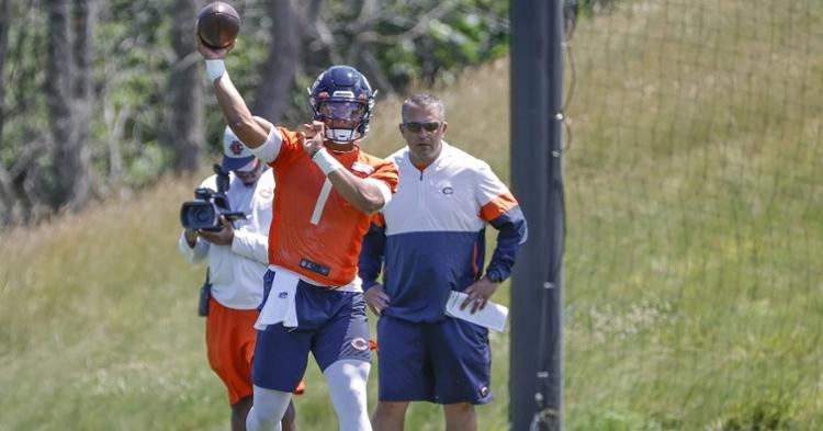 Rookie quarterback Justin Fields fared well at the Bears' recent minicamp. (Credit: Kamil Krzaczynski-USA TODAY Sports)