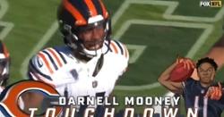 WATCH: Justin Fields throws touchdown pass to Darnell Mooney